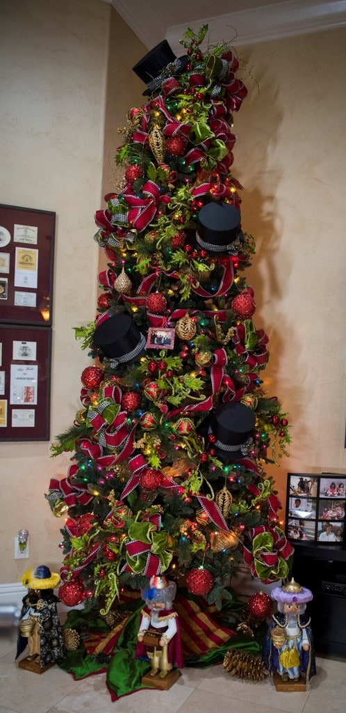 Top Hat Christmas Tree